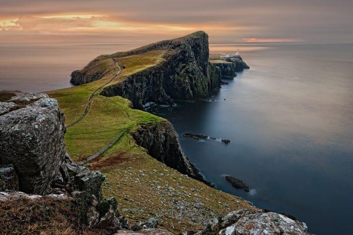Škotska <h3 class='podnaslov' >Zeleni dom plemenitih gorštaka</h3>