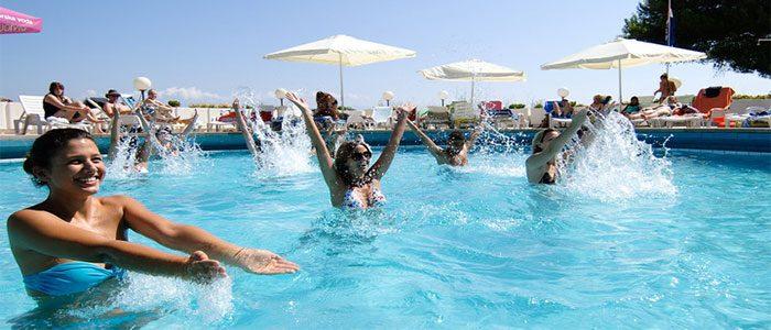 Adriatiq Resort Fontana hotel i apartmani 2*/4 * <h3 class='podnaslov' >Jelsa, Hvar</h3>