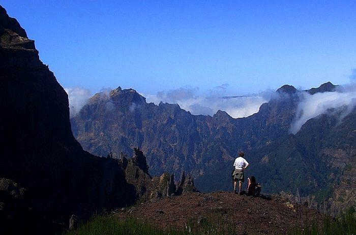 Madeira <h3 class='podnaslov' >Rajski otok vječnog proljeća</h3>