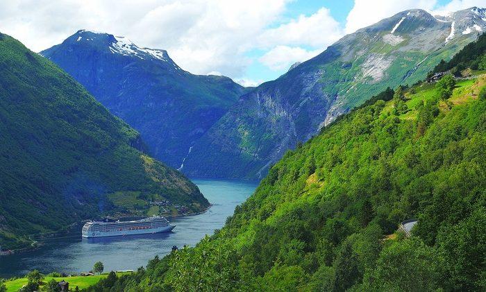 Norveški fjordovi <h3 class='podnaslov' >Uključeno 8 vožnji brodovima u Norveškoj!</h3>