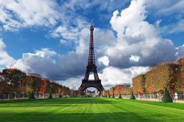Pariz i Disneyland <h3 class='podnaslov' >Augsburg - Reims - Pariz - Versailles - Disneyland - Strasbourg - München</h3>