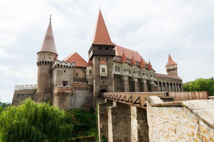 Bukurešt i Transilvanija <h3 class='podnaslov' >Brašov - Drakulin zamak Bran - dvorac Peleš</h3>