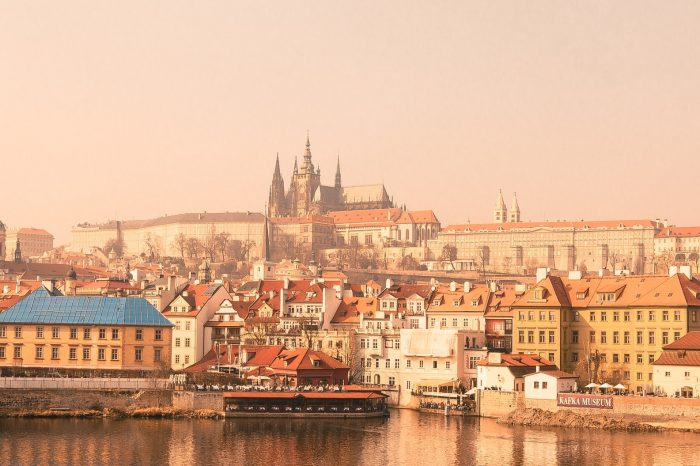 Zlatni Prag s Karlštejnom i izletom u Dresden