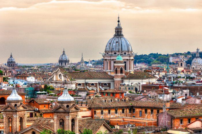 Rim <h3 class='podnaslov' >Grad povijesti, umjetnosti, kulture i mode</h3>