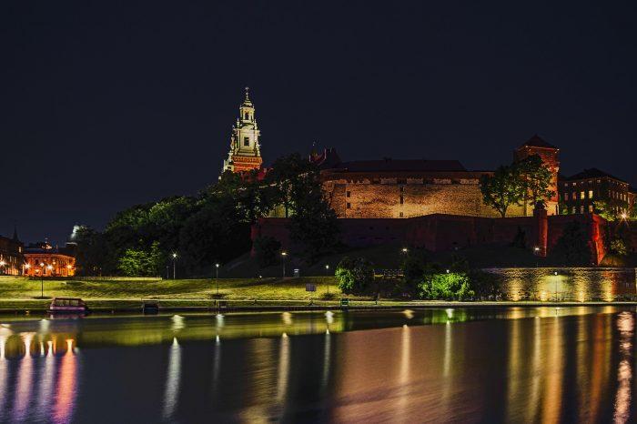 Nova godina u Krakovu <h3 class='podnaslov' >Program bez noćne vožnje uz razgled Brna i Bratislave</h3>