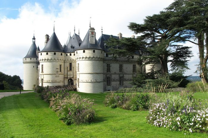 Dvorci Loire <h3 class='podnaslov' > Putovanje Dolinom kraljeva </h3>