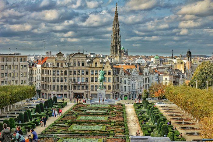 Amsterdam i Bruxelles <h3 class='podnaslov' >Tolerantne, kozmopolitske i samopouzdane metropole</h3>